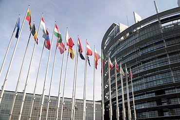 Ipocrizia sau minciuna guvernează România și Consiliul Uniunii Europene?